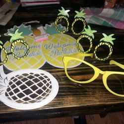 Pineapple Party Decorations  Thumbnail