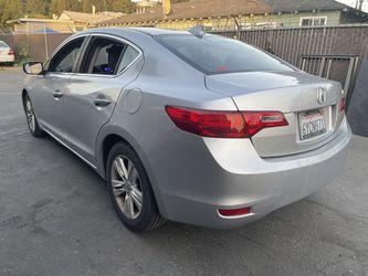 2013 Acura ILX Thumbnail