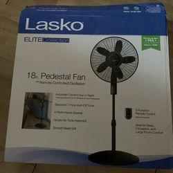 """Lasko """" 18"""" pedestal fan  Thumbnail"""
