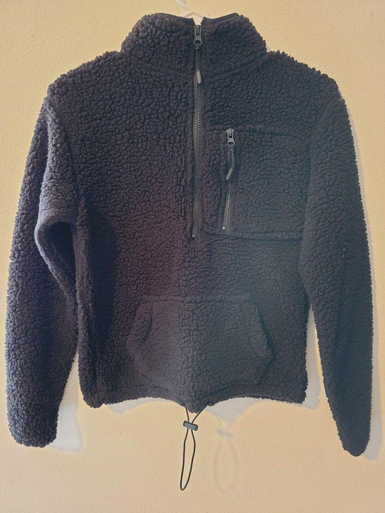 Black Sherpa Half Zip Sweater. Size : Xs