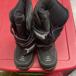 Toddlers Snow Boots Size 1 Thumbnail