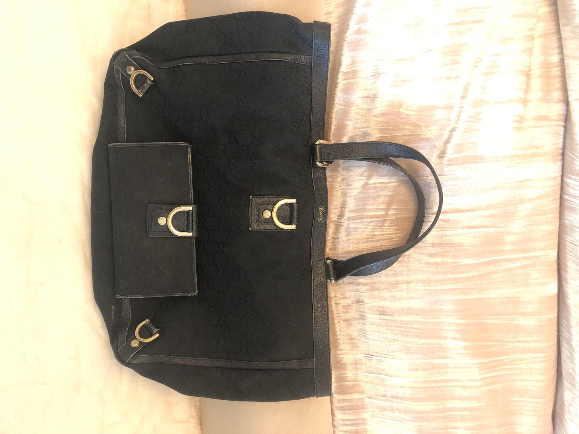 Gucci tote and wallet