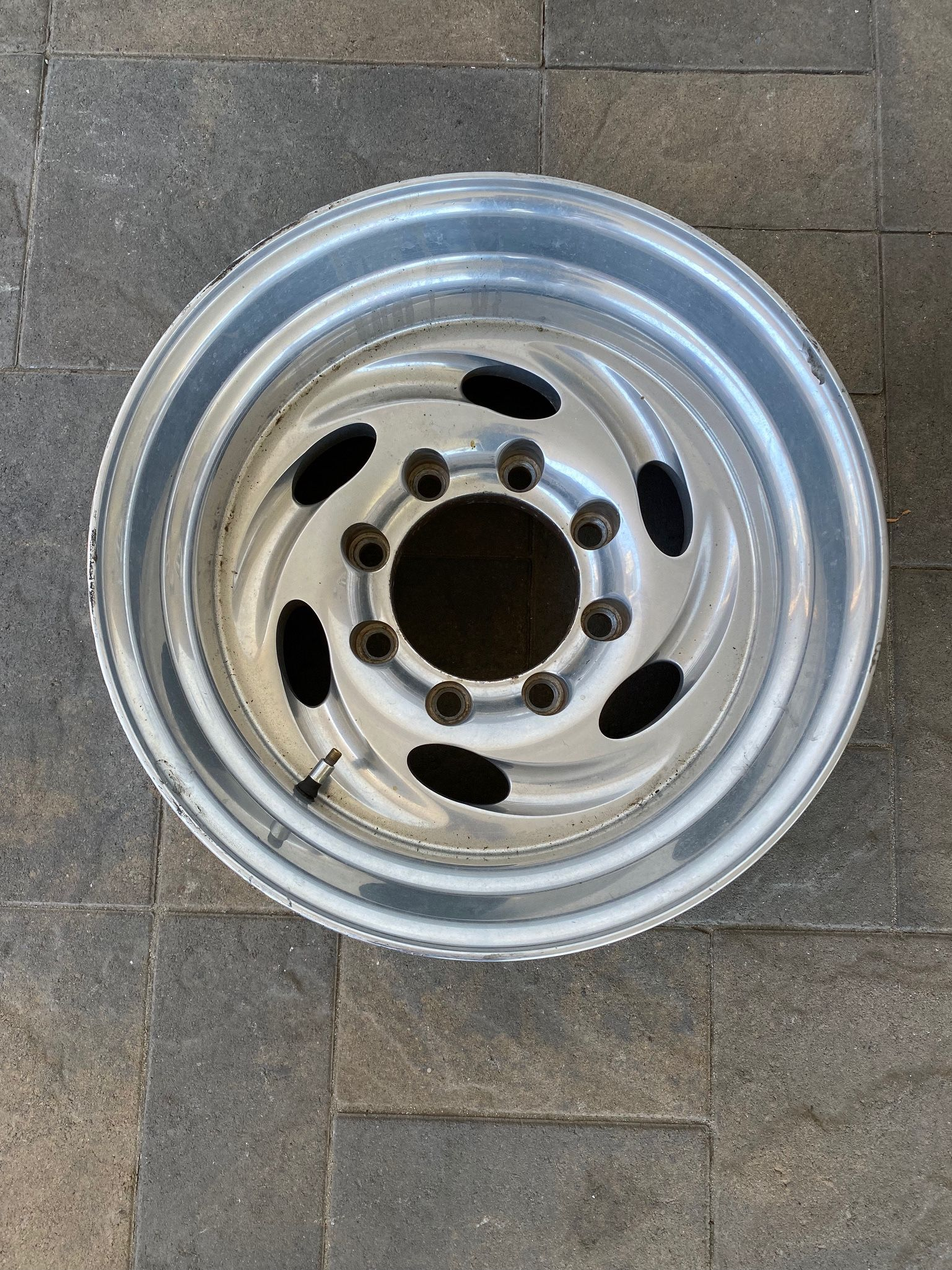 """Weld Typhoon 16.5 Aluminum Alloy Magnesium Truck Rim 16.5"""" X 12 8 X 6.5 Ford Chevy Dodge Will Fit All 90's Or Before"""