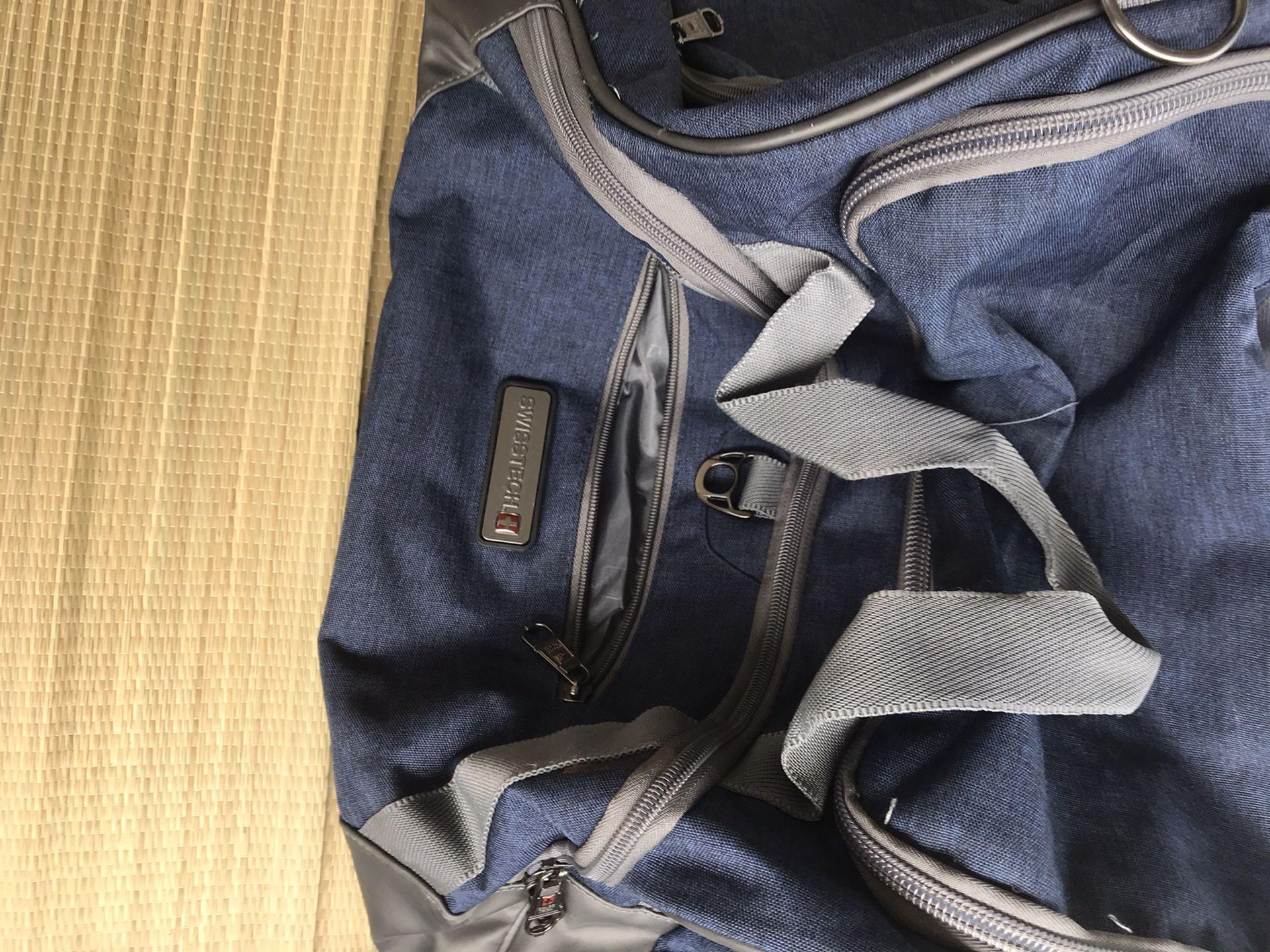 28 Inch Swiss Gear Dueffel Bag