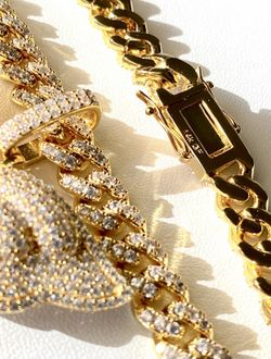 """Women's 16"""" Miami Cuban Link Chain Necklace, 14K Gold 5X Layered Chain, Butterfly Necklace, CZ Diamond, Butterfly Choker, ICY Necklace, Chain  Thumbnail"""