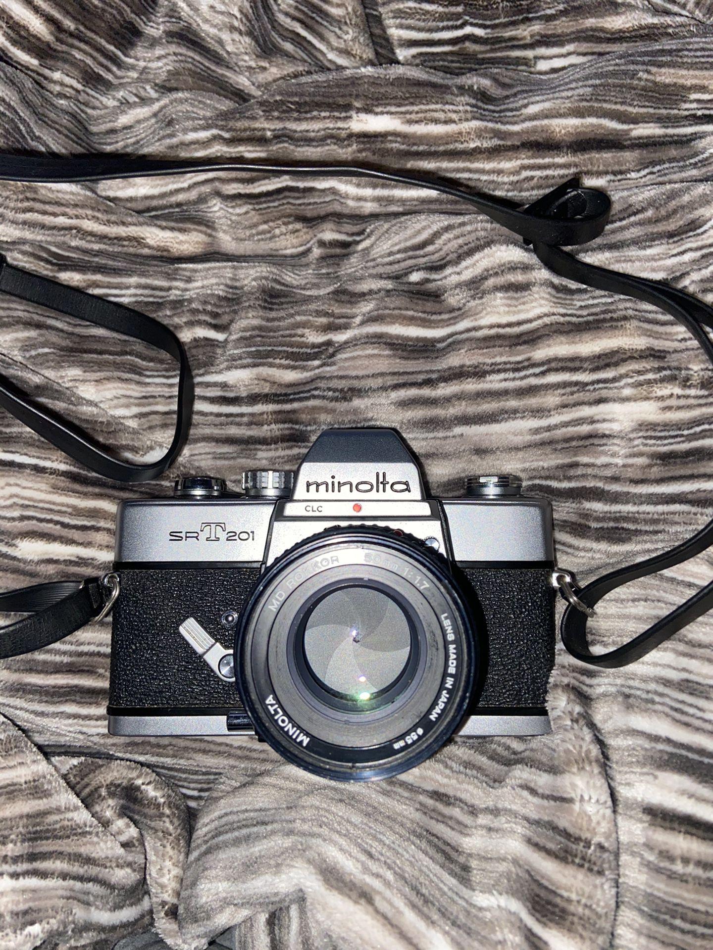 Minolta SRT201 Film Camera