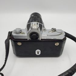 Nikon Nikkormat professional camera 35mm SLR W/ 200 MM Zoom Lens Thumbnail