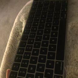 Apple Magic Keyboard  Thumbnail