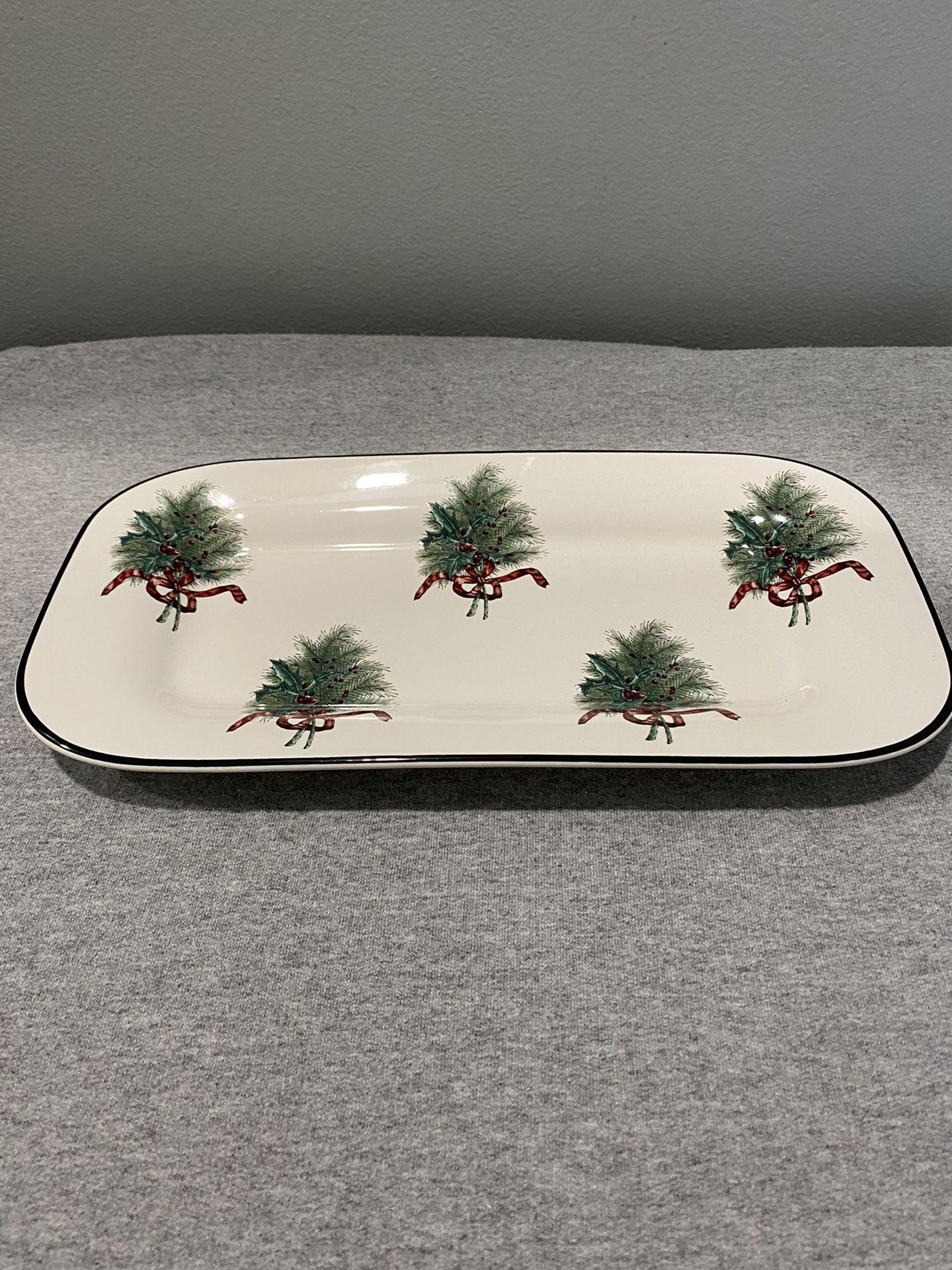 Pfaltzgraff Wreath Christmas bread plate