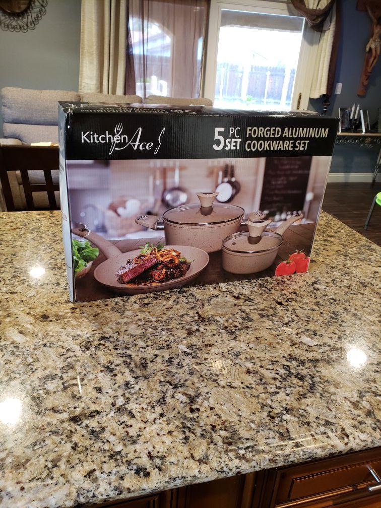 Pcs cookware set new