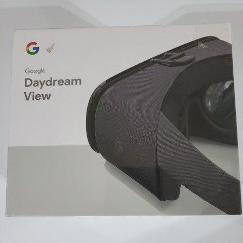 Google Daydream View (2017) Virtual Reality Charcoal Headset.