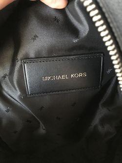 Michael Kors Sling Pack Men Thumbnail