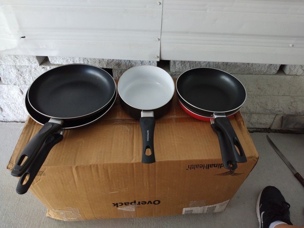 Variety Of Different Size Pans
