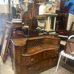 Antique Vanity (Fayettville Ga  Thumbnail