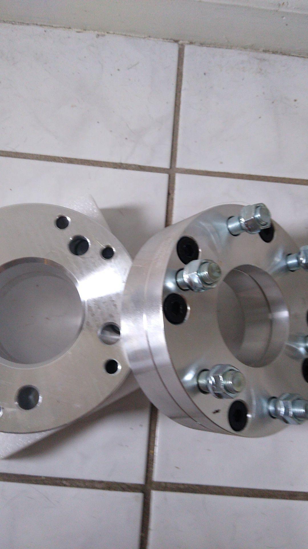Chevy 6 lug to 5 lug wheel spacers adapters