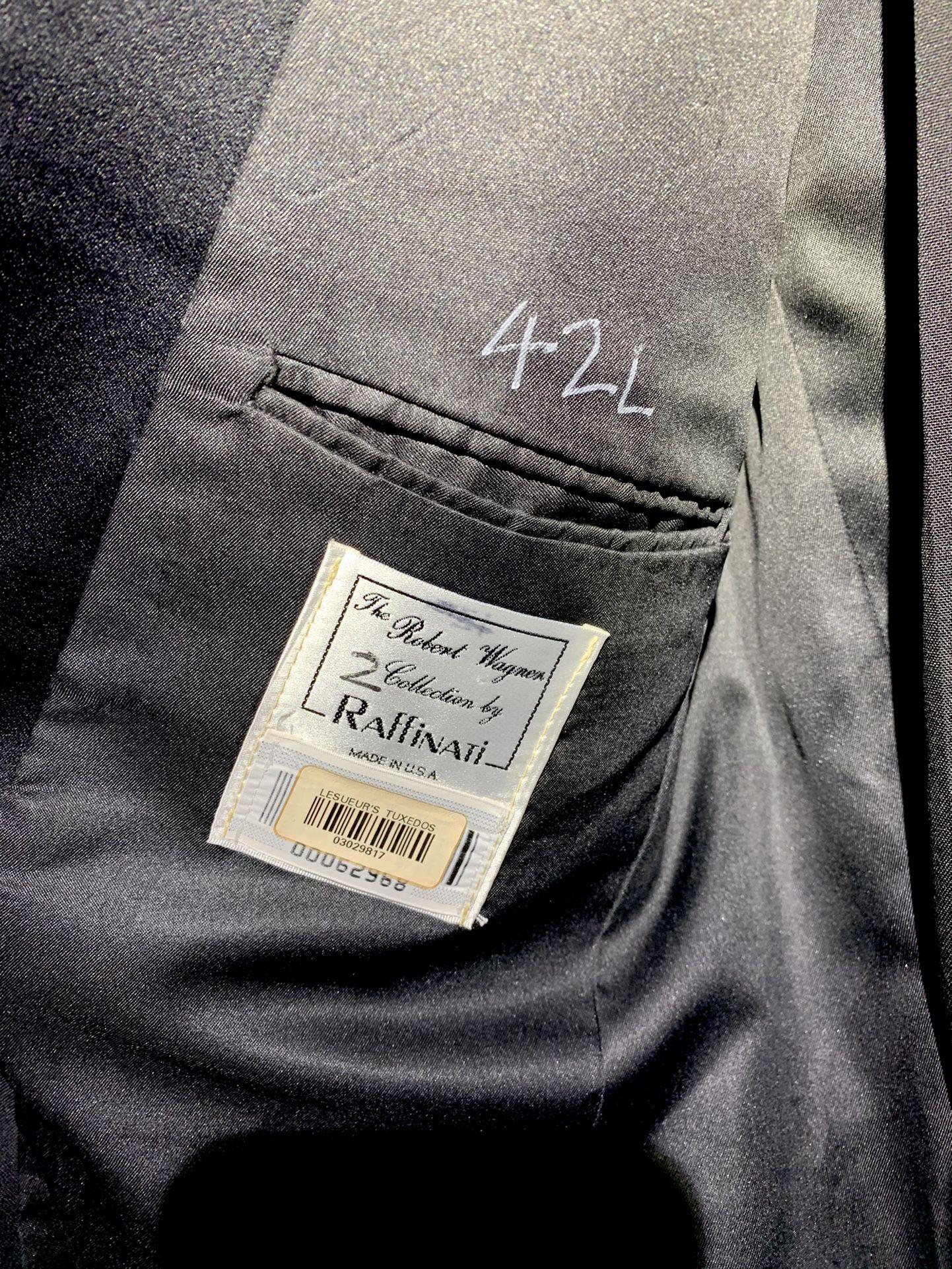 Men's USA formal black / white tuxedo, 42L dress jacket, 34L long pants (34x34), tux sash, bow tie