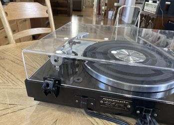 Marantz 6100 Turntable Excellent Condition Serviced Recently Sounds Amazing! Thumbnail