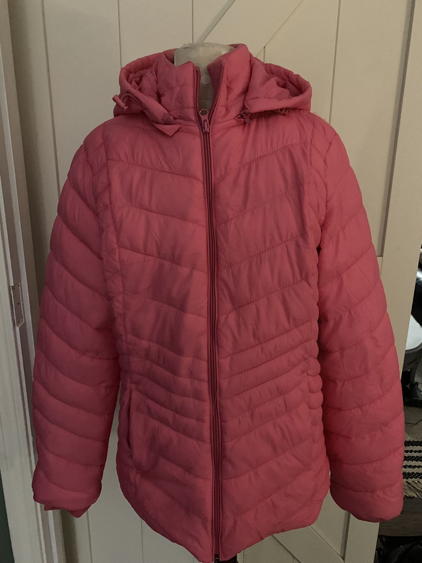 """Xersion Large """"pink Crush"""" Brand new packable jacket"""