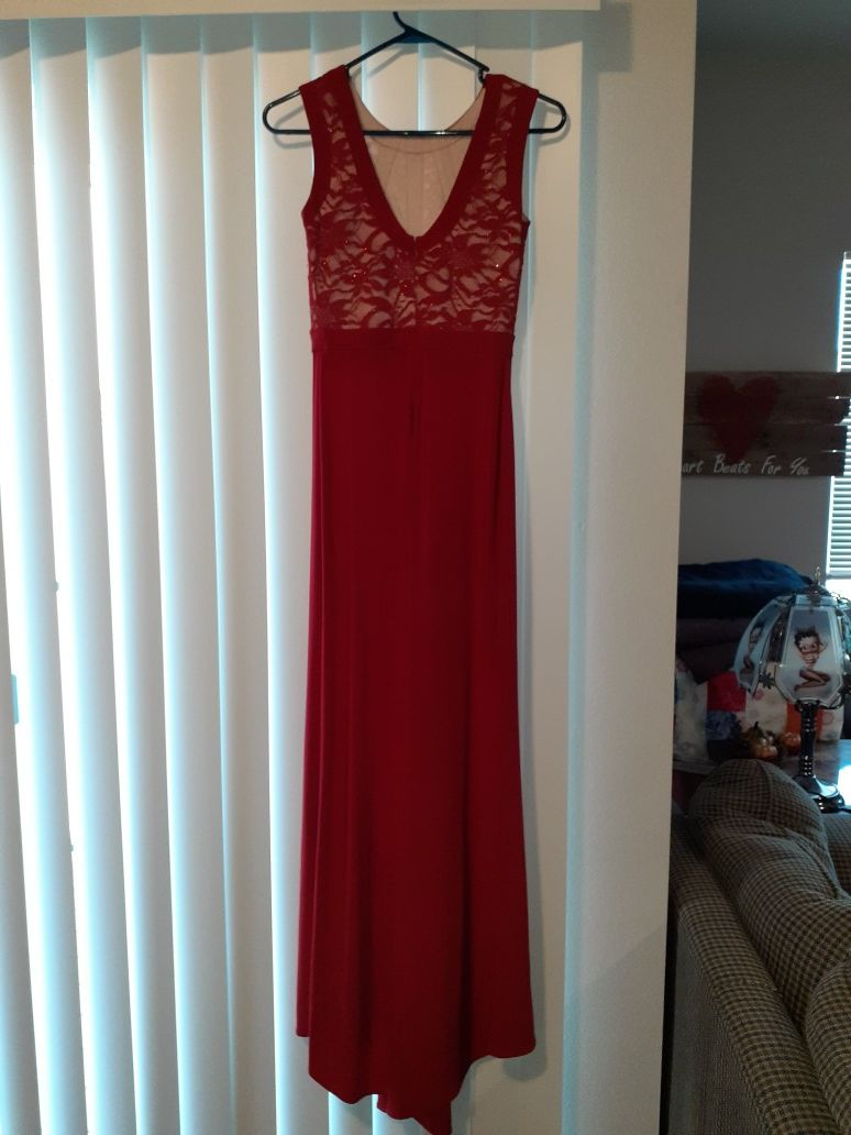 Morgan and Co prom Dress size 3/4