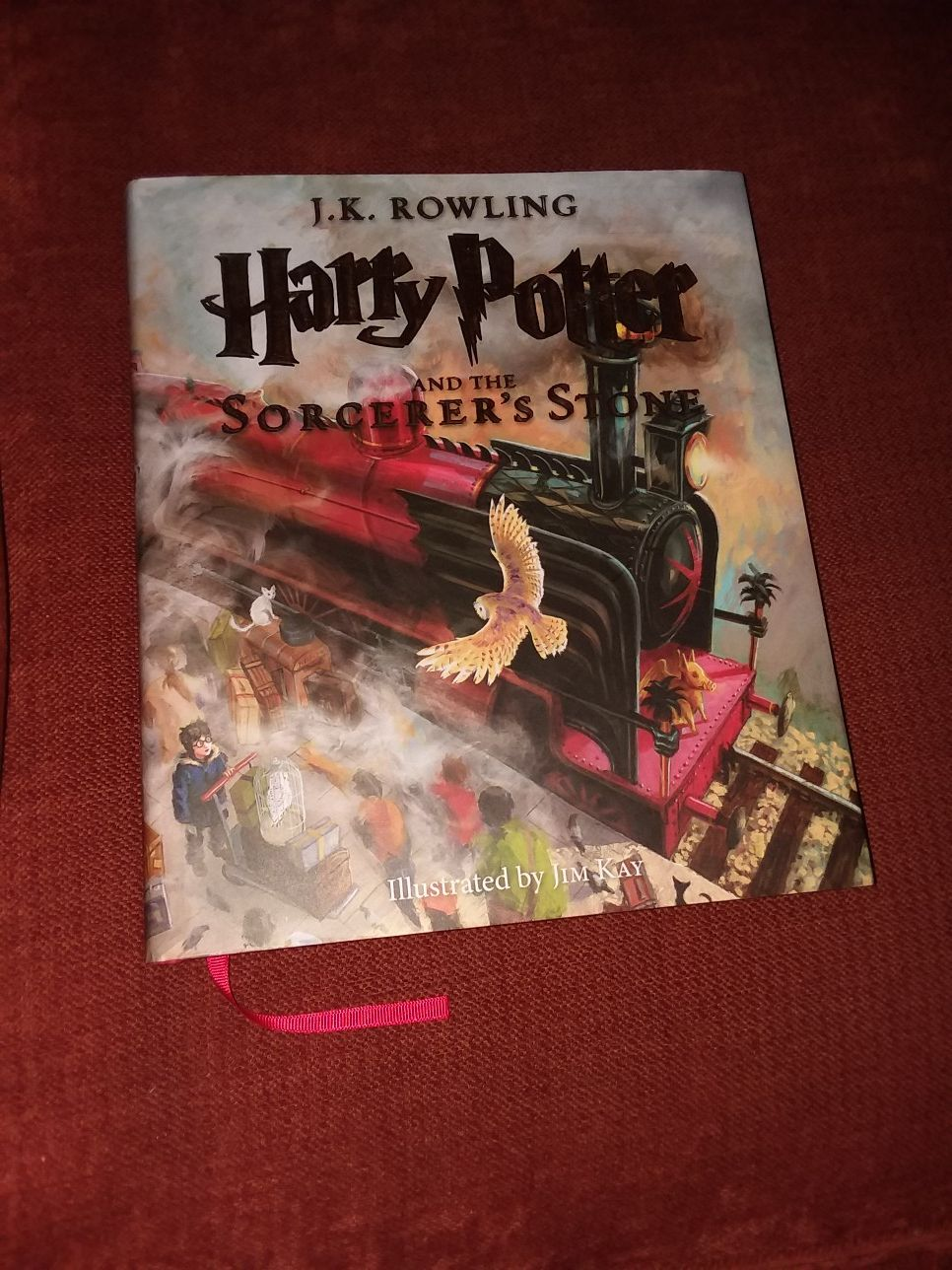 Harry Potter And The Sorcerer's Stone(Illusturated)