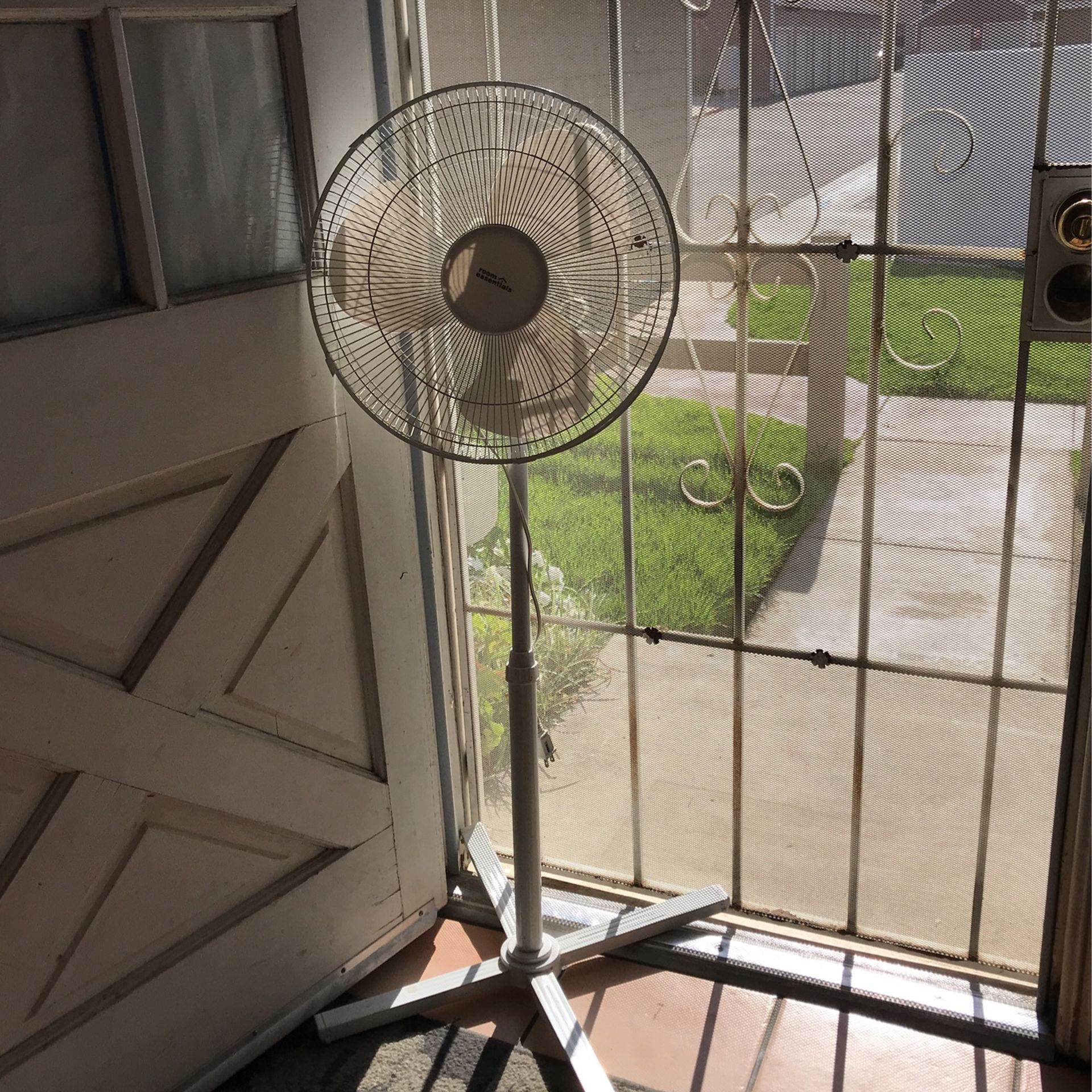 White Oscillating Fan