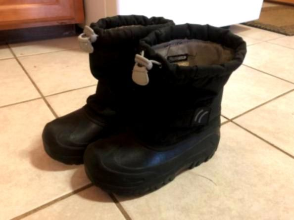Size 2 Shoes and Boots - Air Jordan, Columbia