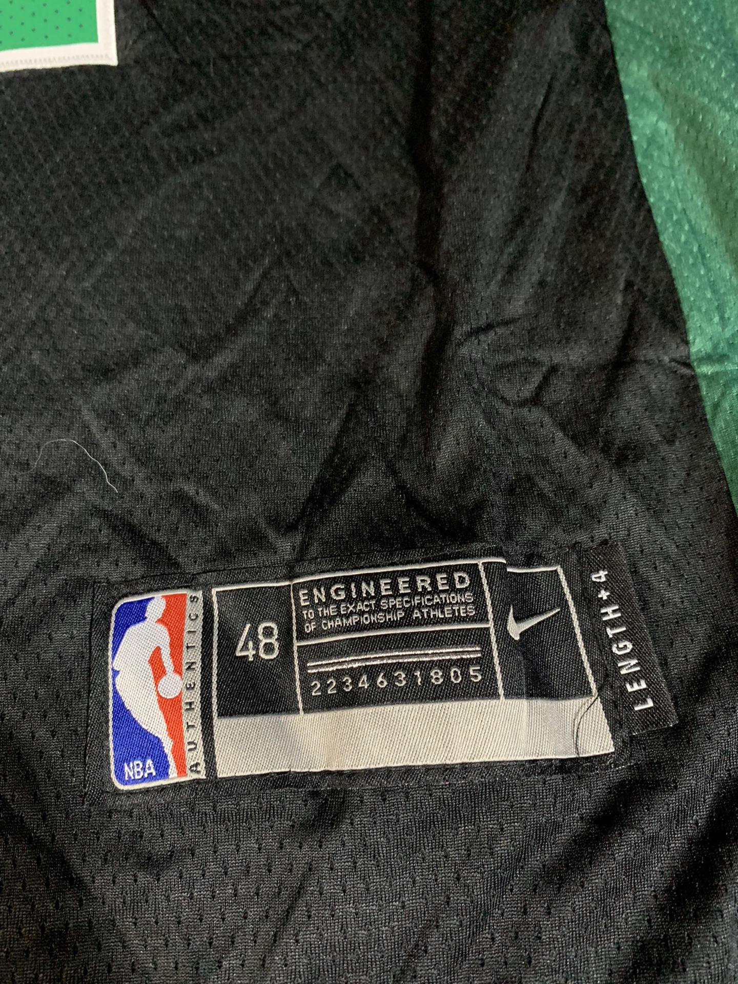 Mens Nike Kyrie Irving Boston Celtics NBA Basketball Jersey Size Large New