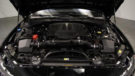 2016 Jaguar XF Thumbnail