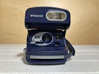 Polaroid 600 Instant Film Camera Thumbnail