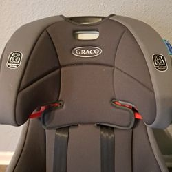 Graco Carseat/booster Thumbnail