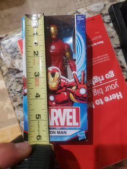 MARVEL SUPER HERO LOT CAPTAIN AMERICA. BLK PANTHER  Thumbnail