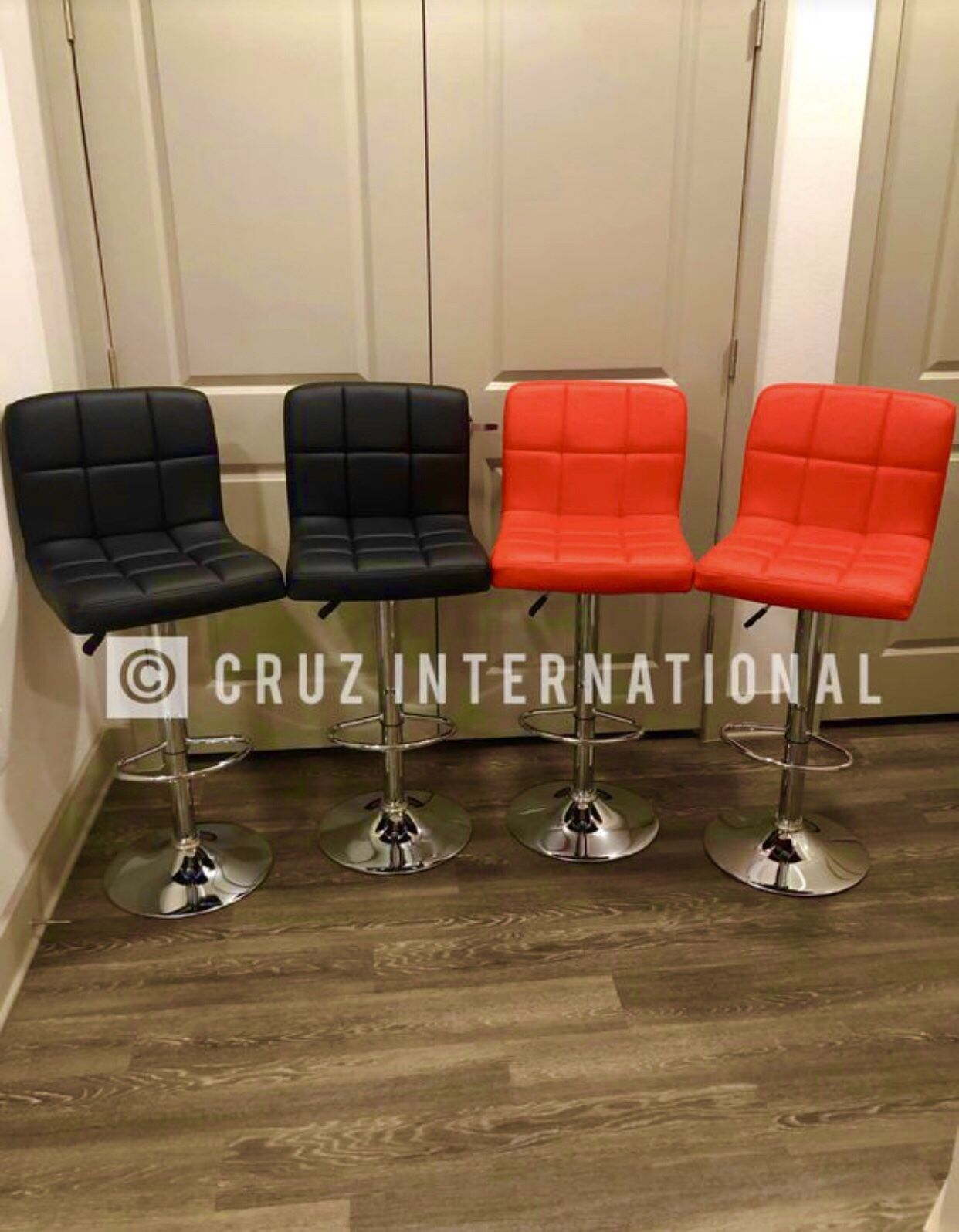 New 4 stools