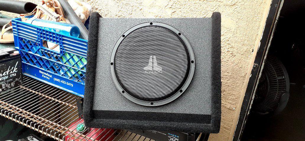 """Sub 10"""" Jl Audio 10w3v2-d2"""
