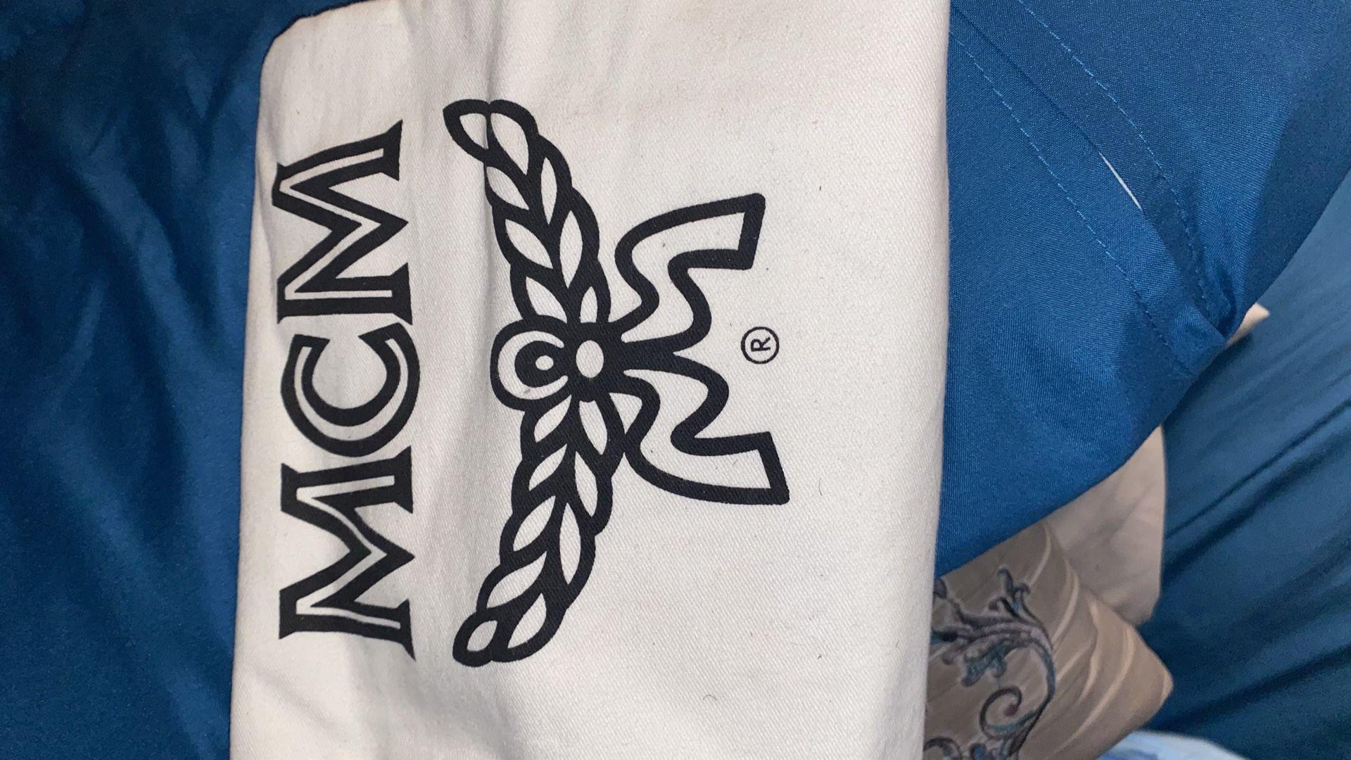 MCM Viesto Tote Bag, Gold