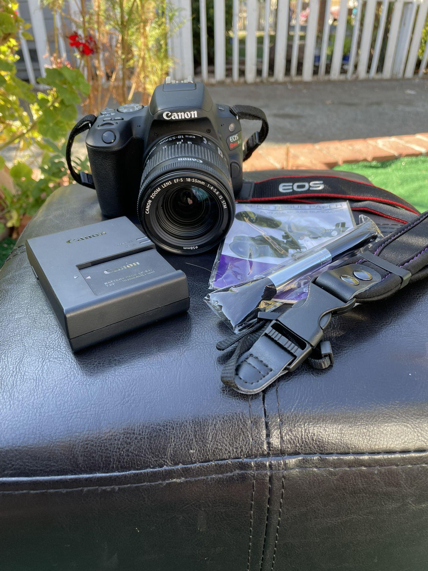 Canon EOS Rebel SL2 DSLR Camera with EF-S 18-55mm IS STM Lens in Black