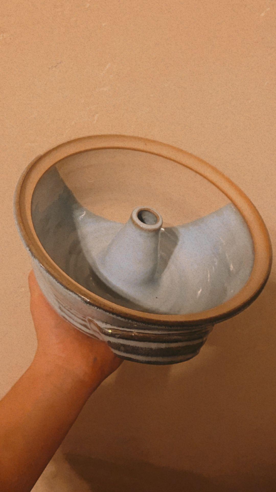 Ceramic Pottery Bundt Cake Pan
