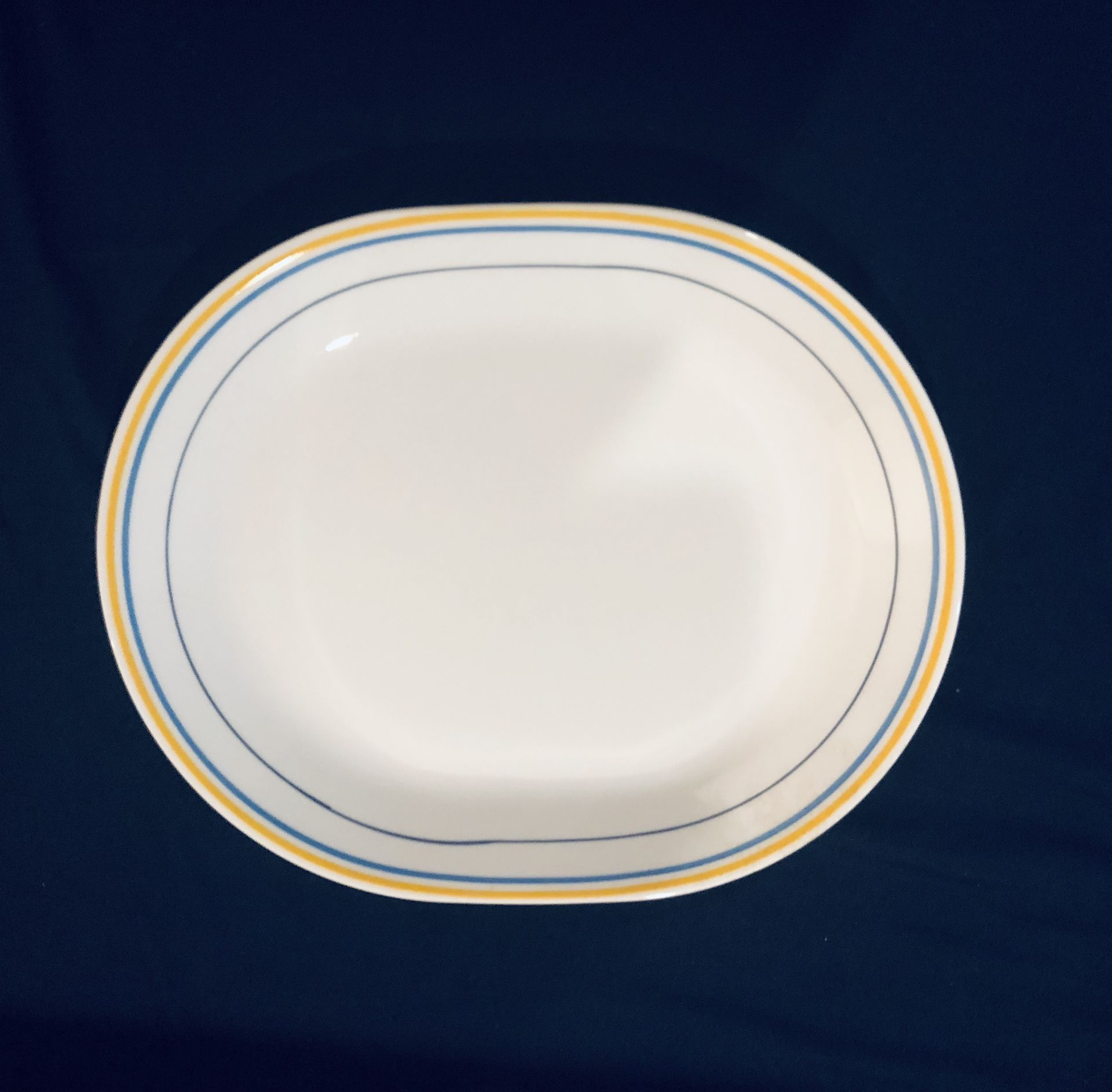 **Casa Flora Corelle by Corning Serving Platter — Used/Very Good Condition**