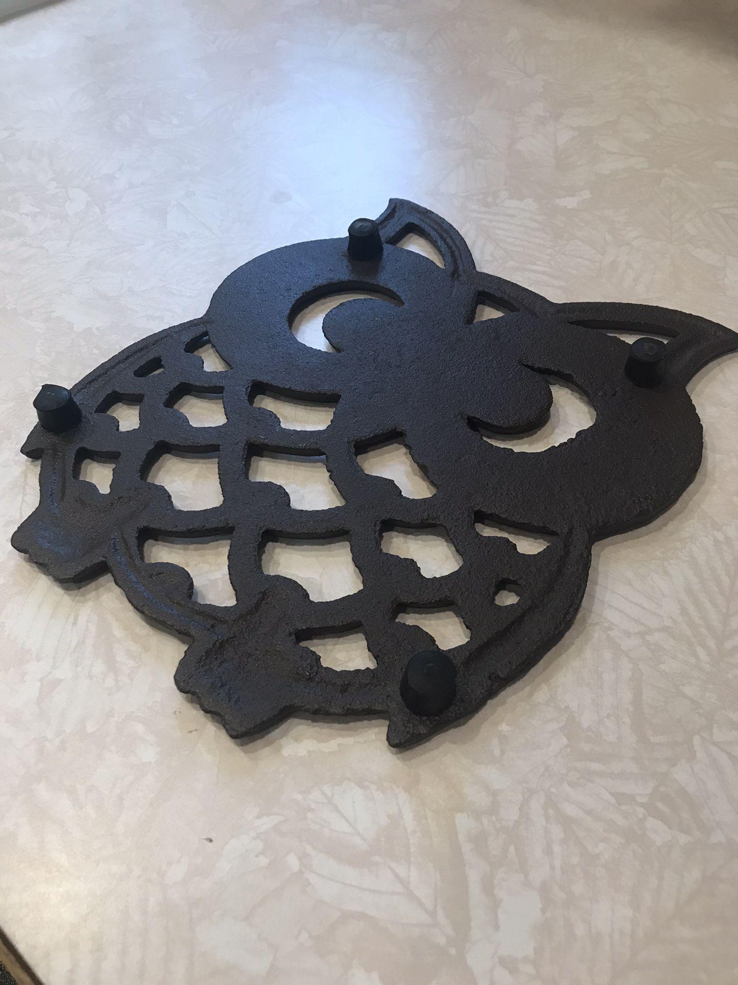 Cast Iron Owl Hot Pad/ Decorative Piece