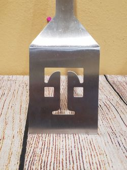 @CHV #9.  TMOBILE OR T-MOBILE COOKING BURGER STAINLESS STEEL SPATULA COOKWARE. #9 Thumbnail