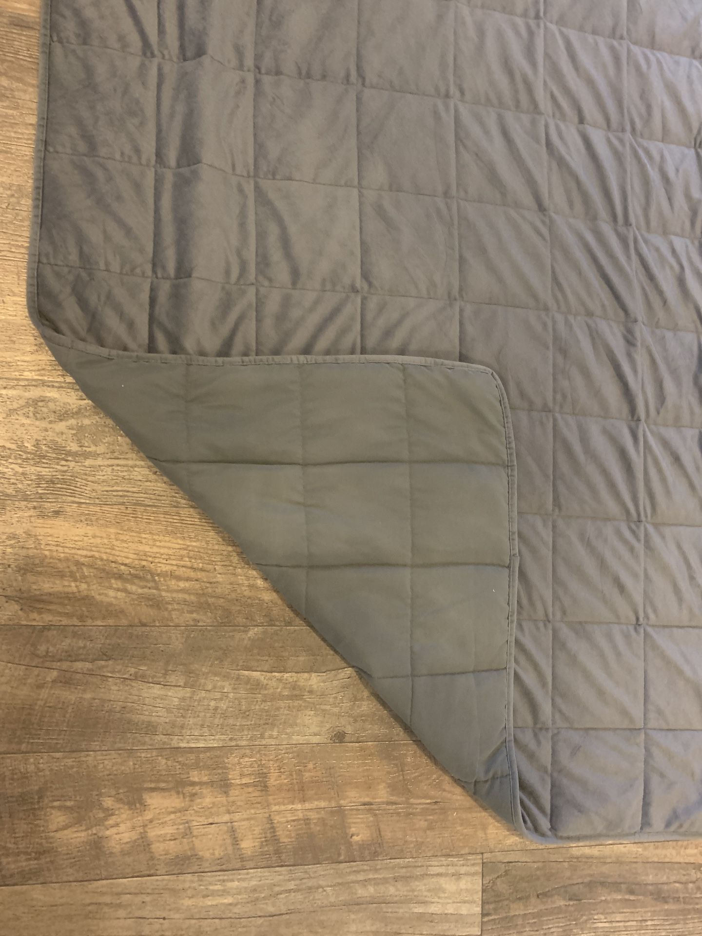 Weighted blanket 12 lbs