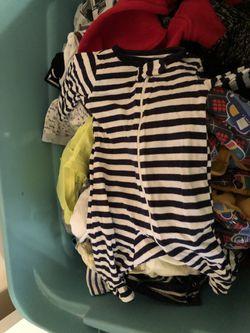 Huge tub of baby boy clothes Thumbnail