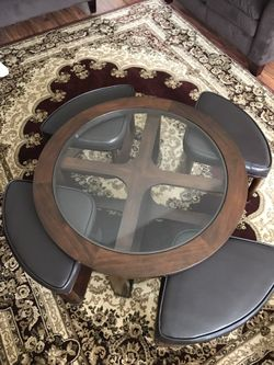 Round Coffee/ Cocktail Table With Nested Stools Thumbnail