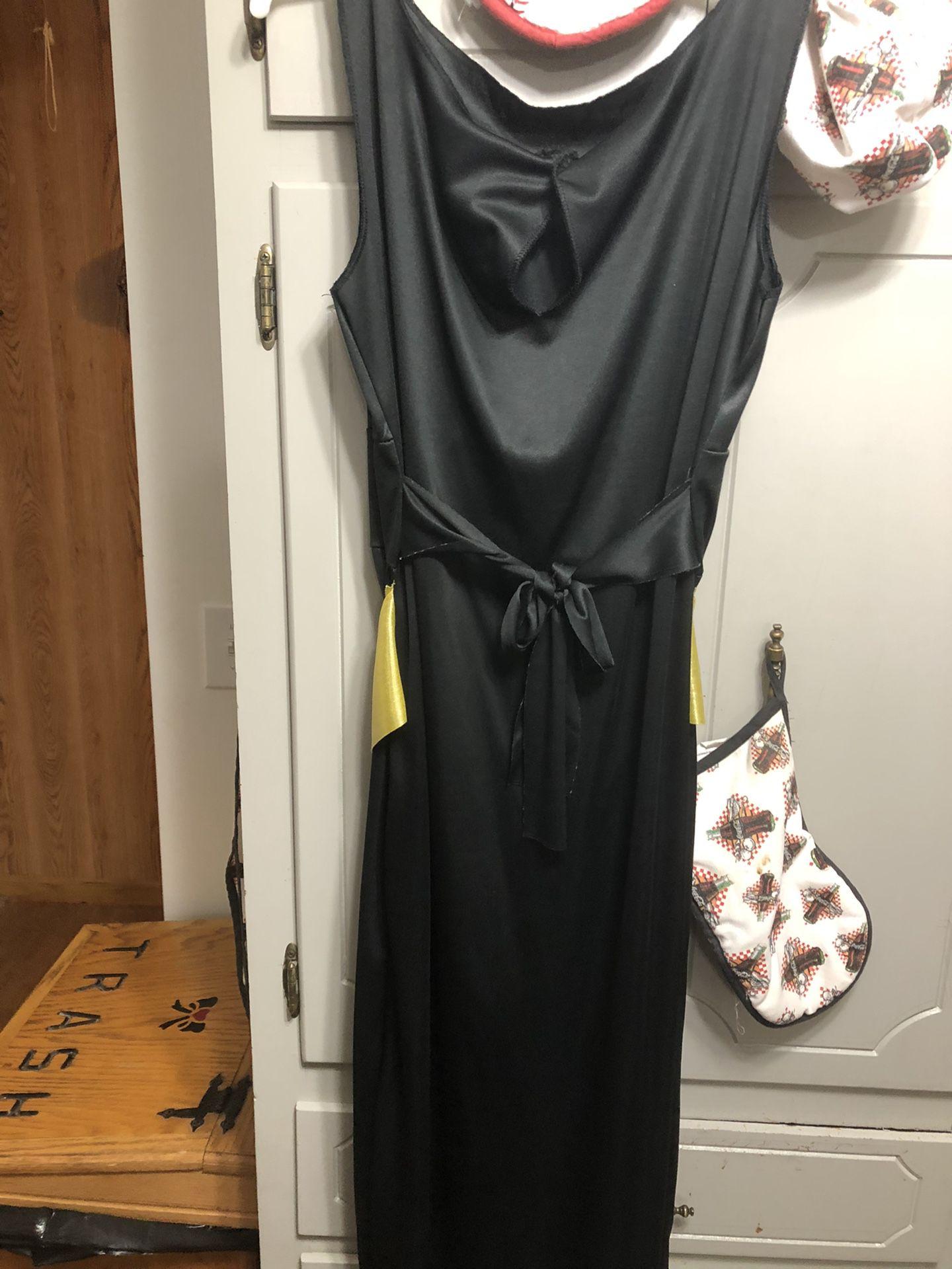 Black Dress For Halloween