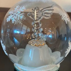 Glass Christmas ornaments Thumbnail