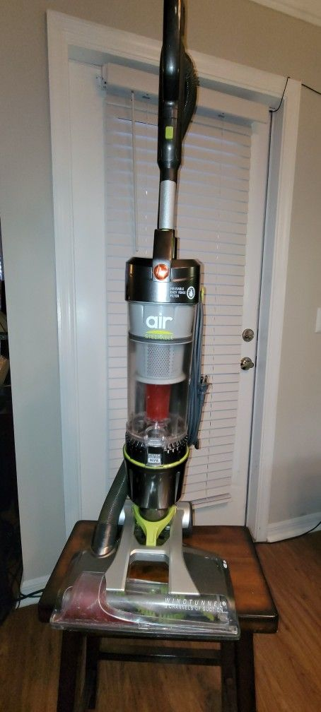 Hoover Air Steerable Upright Vacuum Cleaner w/ Filter with HEPA Media