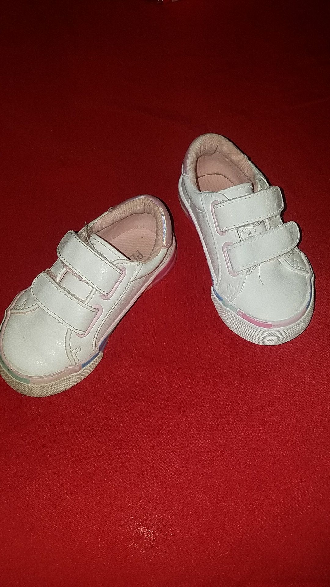 Pointed toe white pleather sneakers size 6