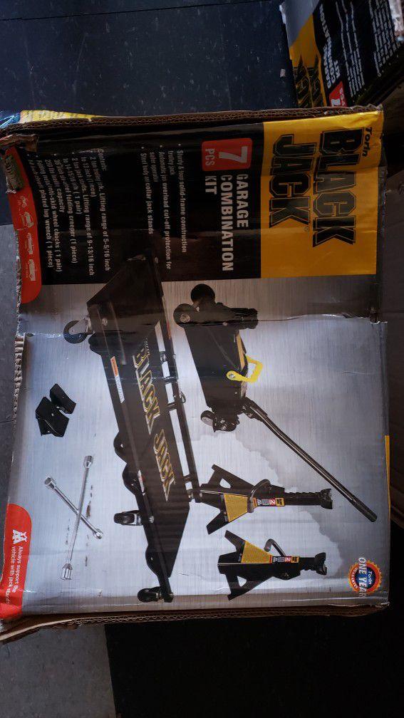 Black Jack 7pc Garage Combination Kit