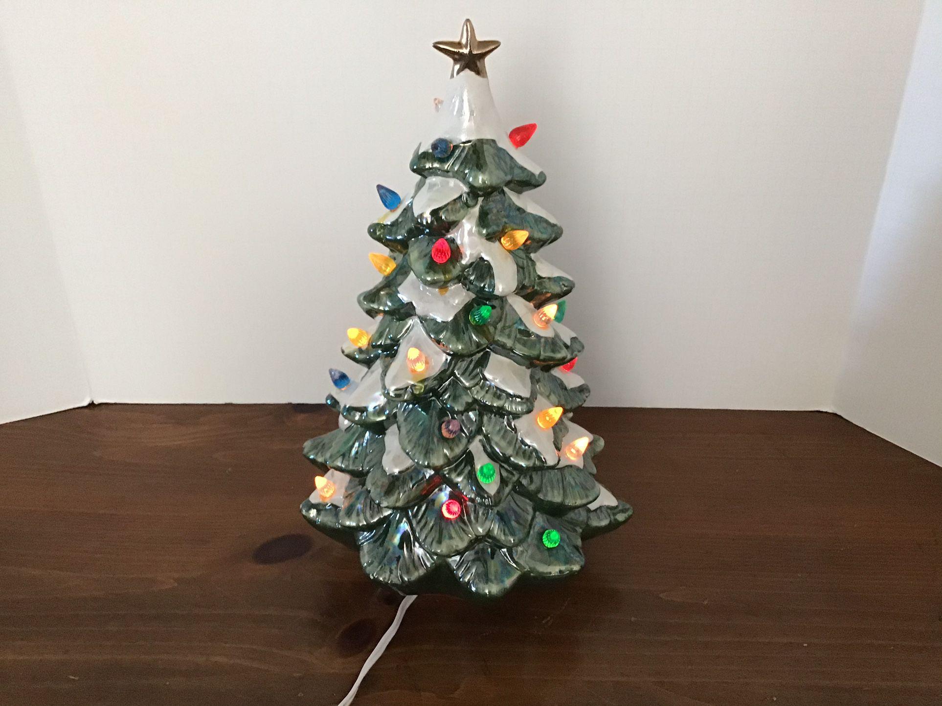 Vtg . Ceramic Christmas Tree