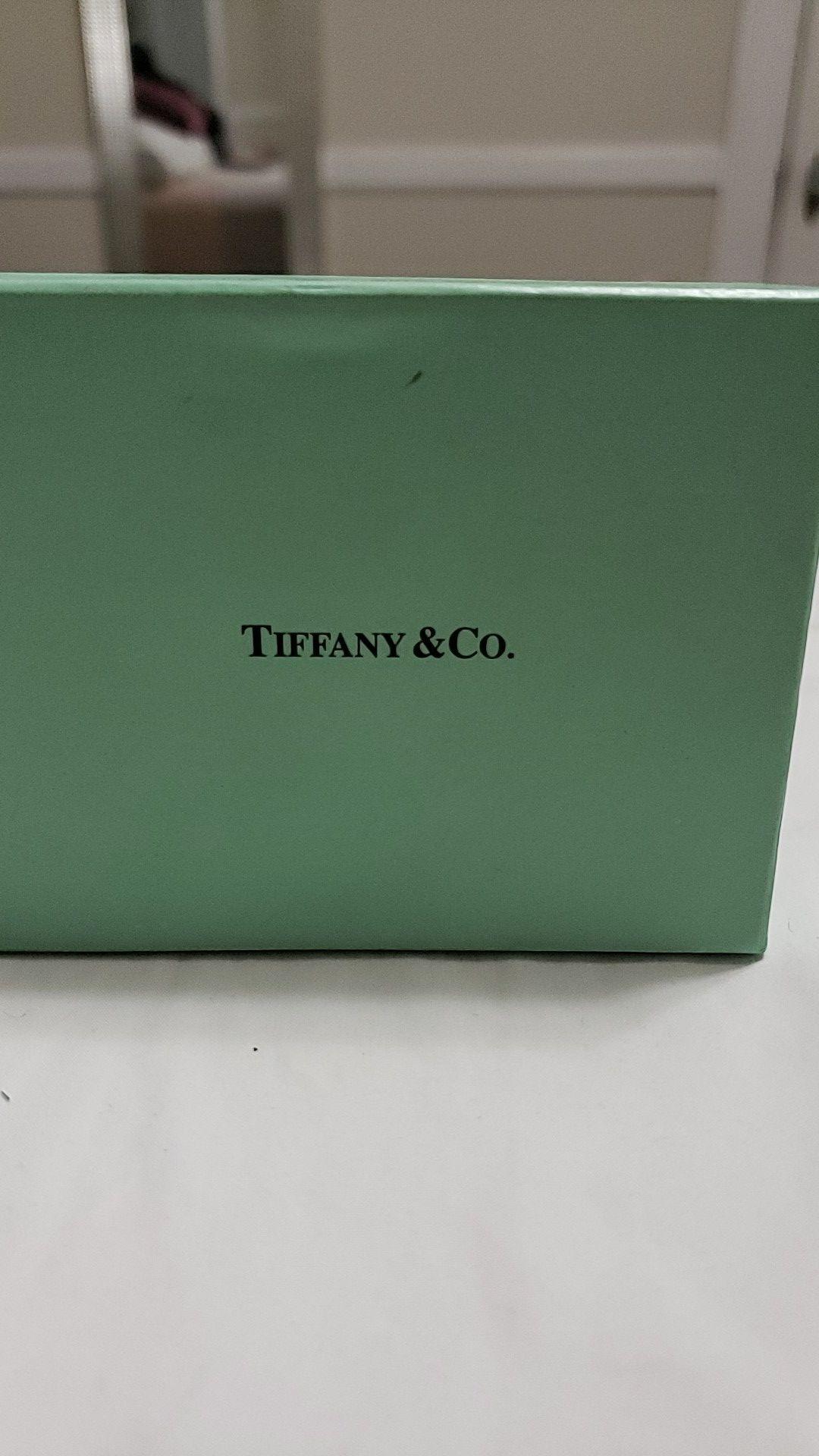 Tiffany & Co. Bracelet and Necklace Set.