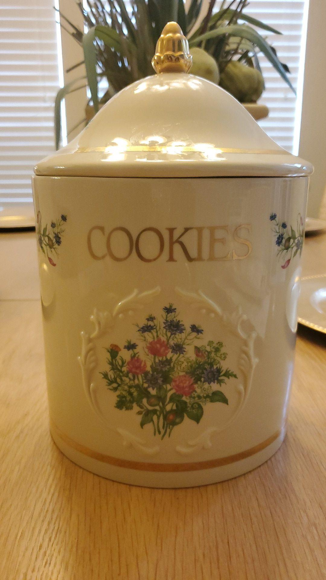 "LENOX ""Spice Garden"" Cookie Jar"